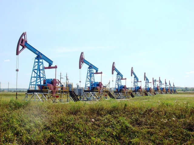 Добыча нефти. Россия