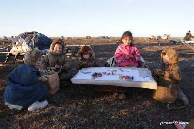 Петербургские этнографы создали на Ямале кочевой детский сад