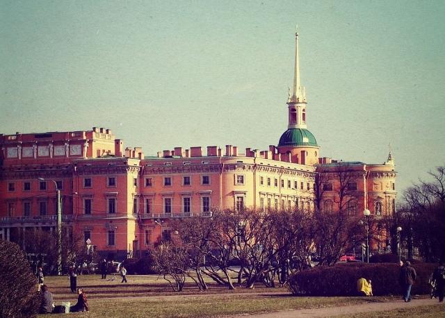 Михайловский замок в Санкт Петербурге