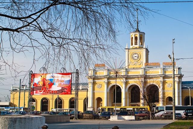В Ярославле на Привокзальной площади откроют платную парковку