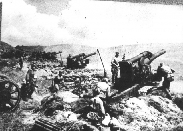 Артподготовка штурма Сапун-горы