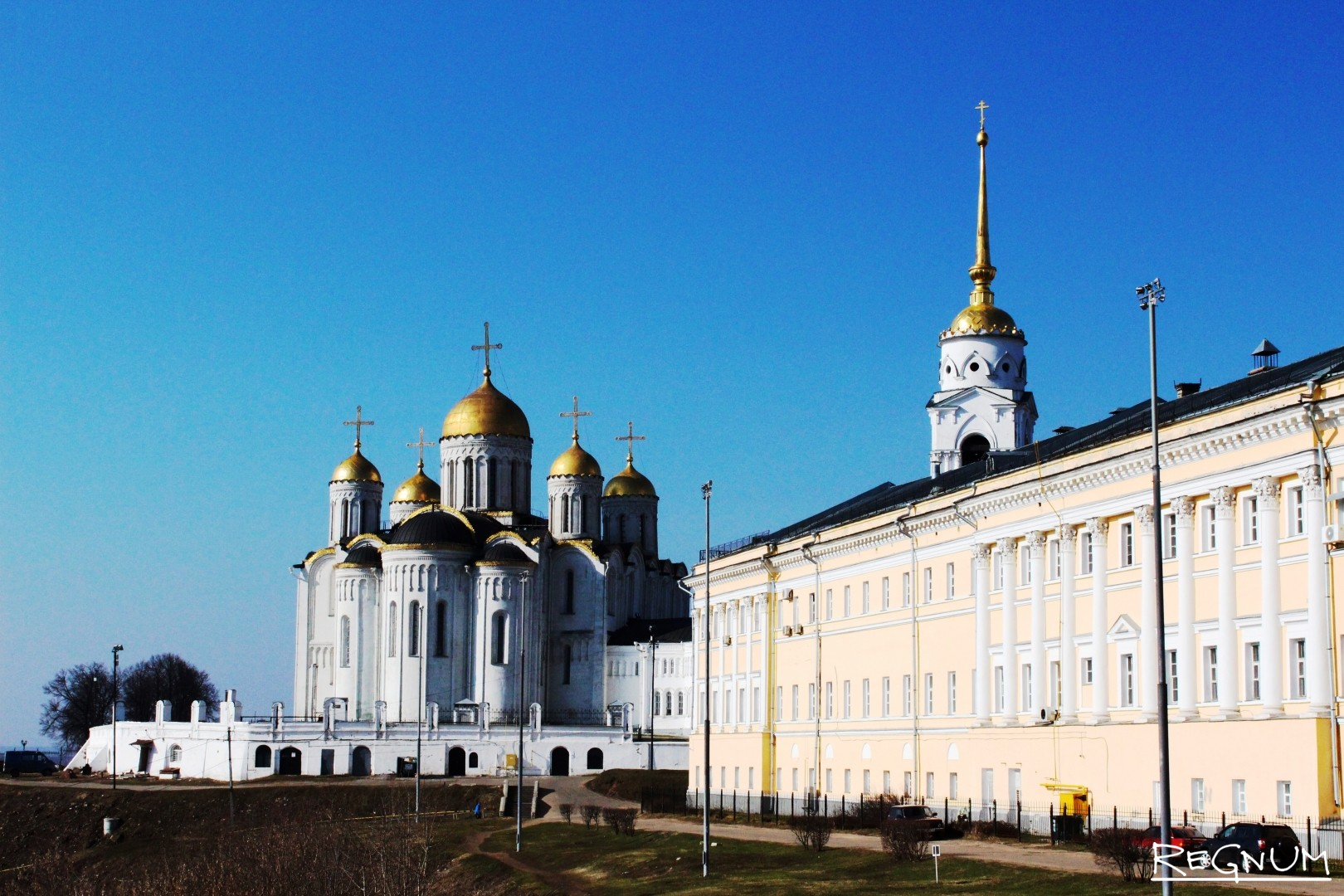 «Палаты» и Успенский собор во Владимире