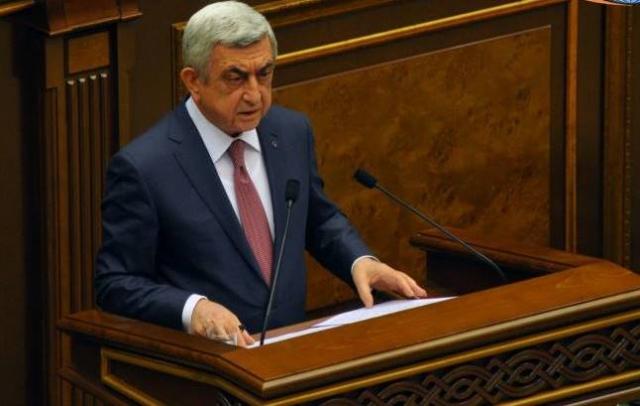 Серж Саргсян избран на пост премьера: акции протеста в Ереване продолжаются