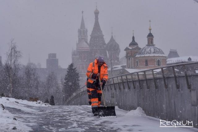 Синоптики обещают снег и заморозки в Москве