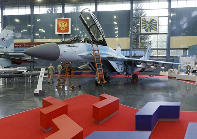 Новейший истребитель Су-57 ВКС России