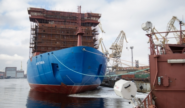 Ледокол «Арктика» получил главный турбогенератор