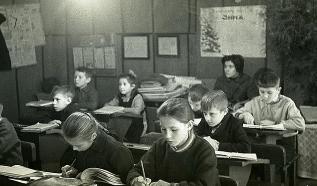 Советская сельская школа. 1964
