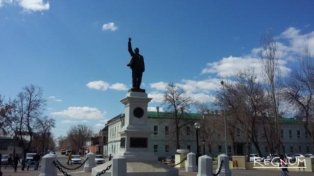 Памятники Ленину: от создания до осквернения