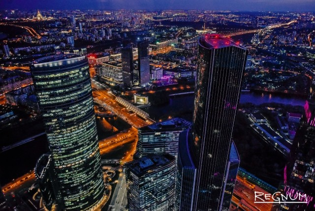 Москва-сити вечером. Вид со смотровой площадки Panorama 360