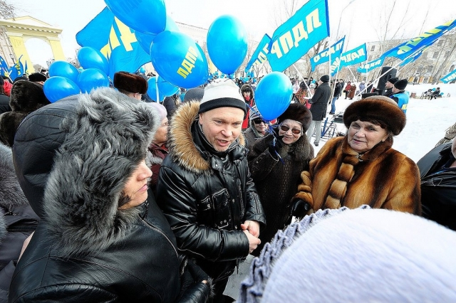 Сергей Катасонов на митинге в Оренбурге