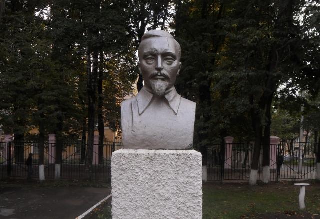 Памятники в брянске цены врачу цена на памятники в гомеле daniels