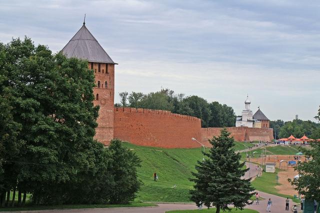 Стены Новгородского детинца