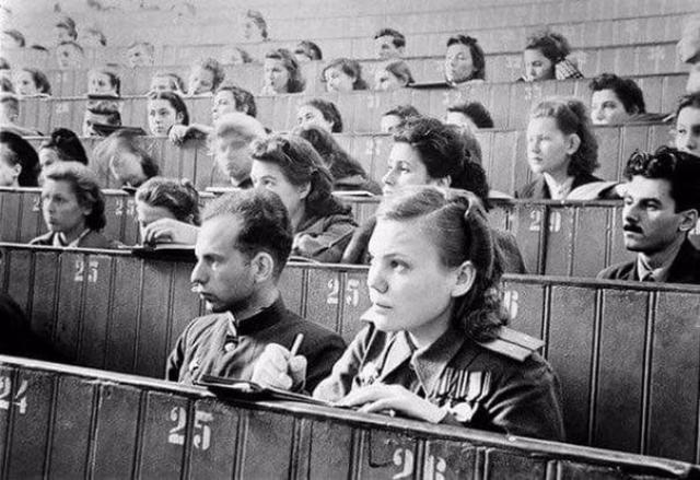 Первая лекция в МГУ. 1 сентября 1945 года