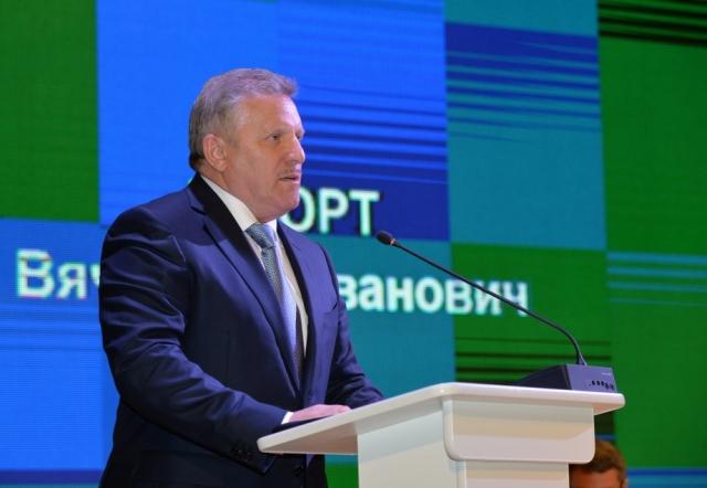 Отчёт губернатора Хабаровского края: детей рожал, деньги на мечты нашёл