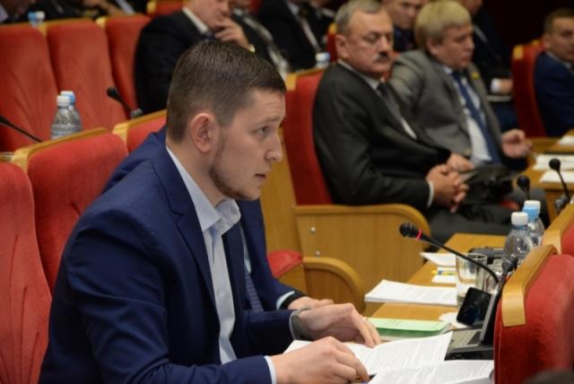 Константин Степанов недоумевает, почему глава Чувашии не хочет встречаться с оппозицией