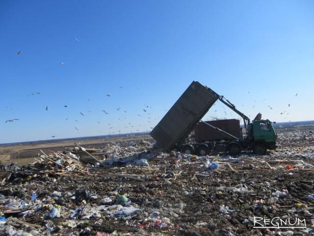 Разгрузка мусора