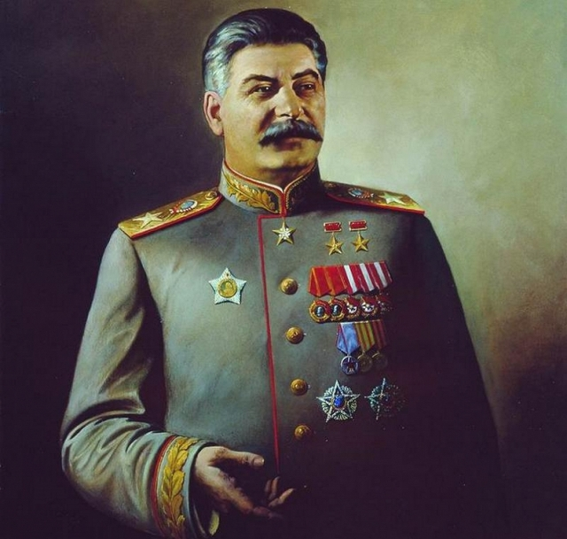 «Сталин возмущает, а центр Ельцина одобряют»: скандал на Урале