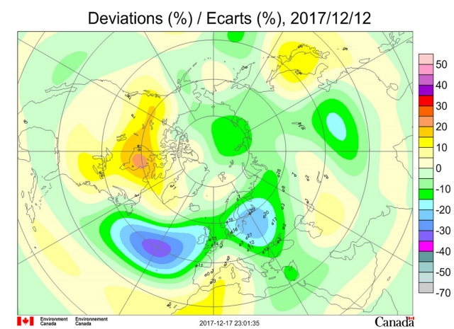 Рис. 4. Аномалии общего содержания озона в Северном полушарии 12 декабря 2017 года