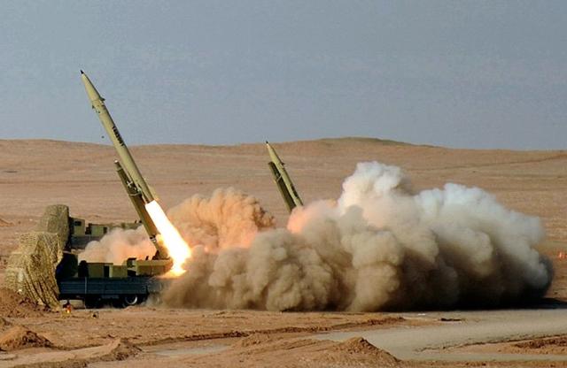 Запуск иранских баллистических ракет Fateh-110