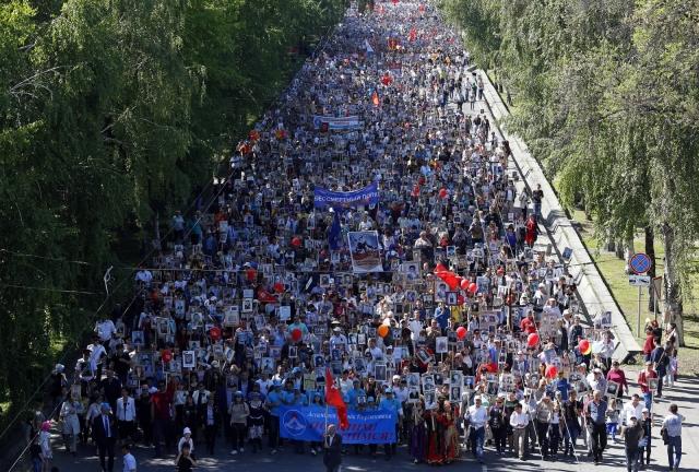 Путин: «9 мая — священный праздник для народов России и Киргизии»