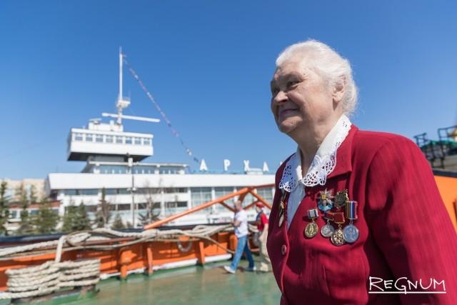 Ветеран судостроения и флота на фестивале