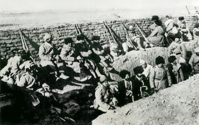 Русские солдаты в окопах. Японская война 1904—1905 года
