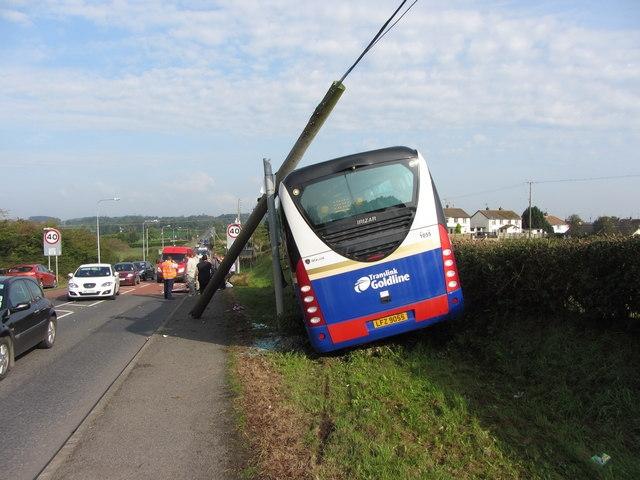 В Португалии разбился автобус с туристами