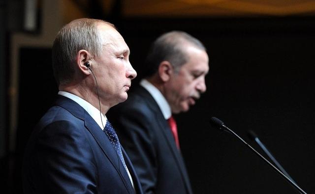 Кремль подтвердил переговоры Путина и Эрдогана по ситуации в секторе Газа