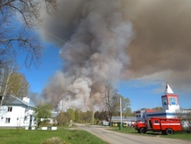 В Удмуртии введён режим ЧС из-за пожара на бывшем военном складе