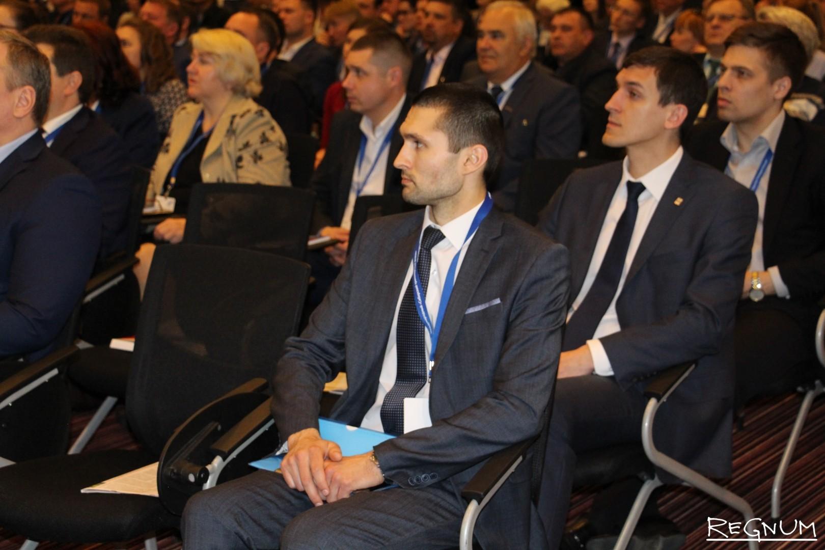 На пленарной дискуссии «Транспорт Сибири. Связанность Востока и Запада»