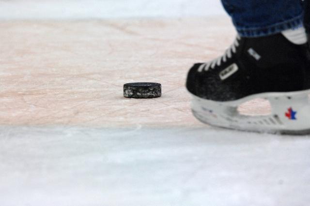 Сборная России по хоккею потерпела обидное поражение от Канады на ЧМ