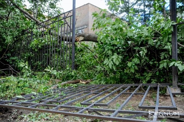 МЧС: Москву накрывает дождь с градом и грозой