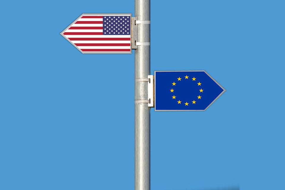 США и Евросоюз пошли разными путями