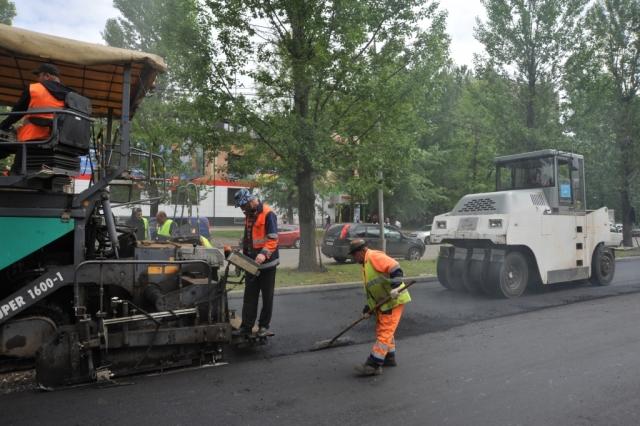 В Ярославле определились подрядчики, которые будут ремонтировать дворы