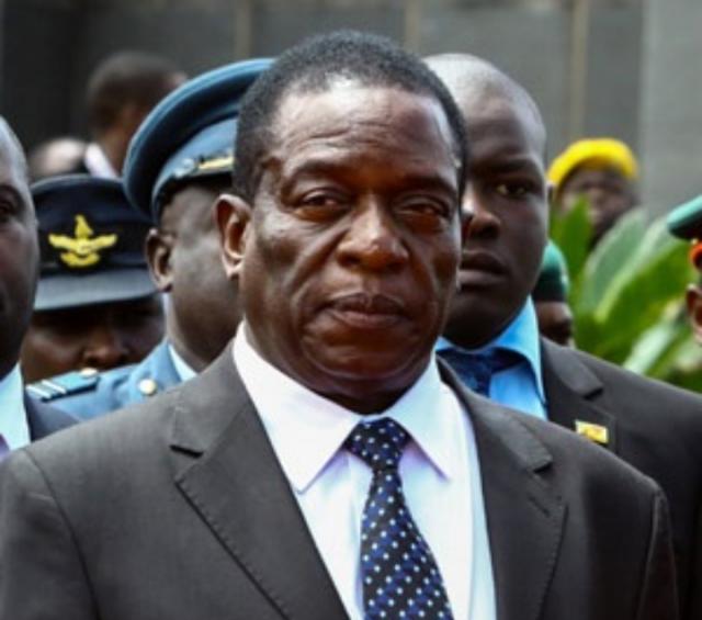 Правительство Зимбабве: Мнангагва не призывал вернуть власть «белым людям»