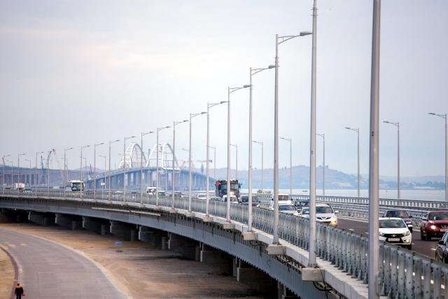 Ротенберг : Крымский мост простоит сто лет