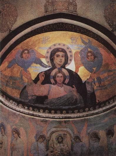 Интерьер церкви в Абастумани с росписями Михаила Нестерова