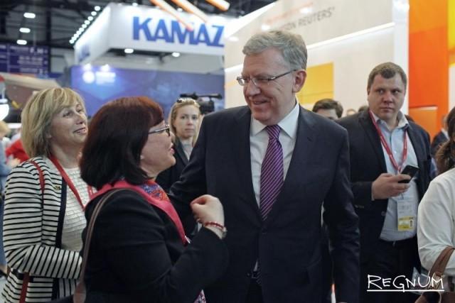 Кудрин рад повышению пенсионного возраста, Голикова осторожничает