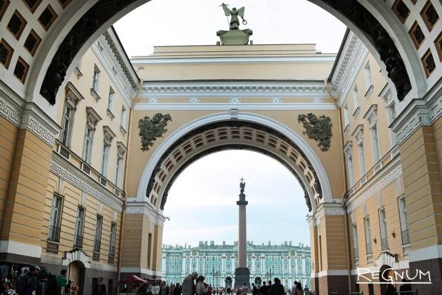 Санкт-Петербург встретит свой юбилей на велосипедах и слонах