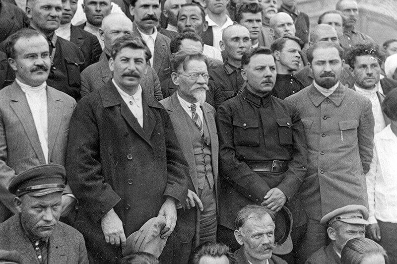 В. Молотов, И. Сталин, М. Калинин, К. Ворошилов на 16-м съезде ВКП(б) в Москве. 1930