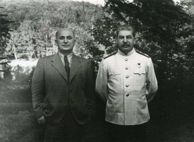 Сталин и Берия. 1948