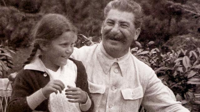 Сталин с дочерью