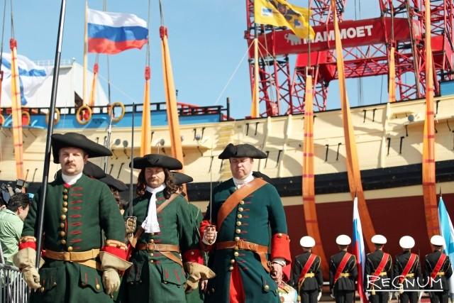 Торжественная церемония спуска корабля «Полтава»