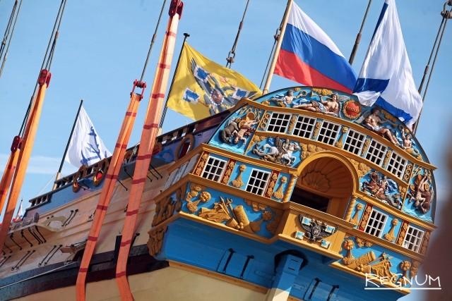 В Петербурге воссоздали «Полтаву» во славу российского флота