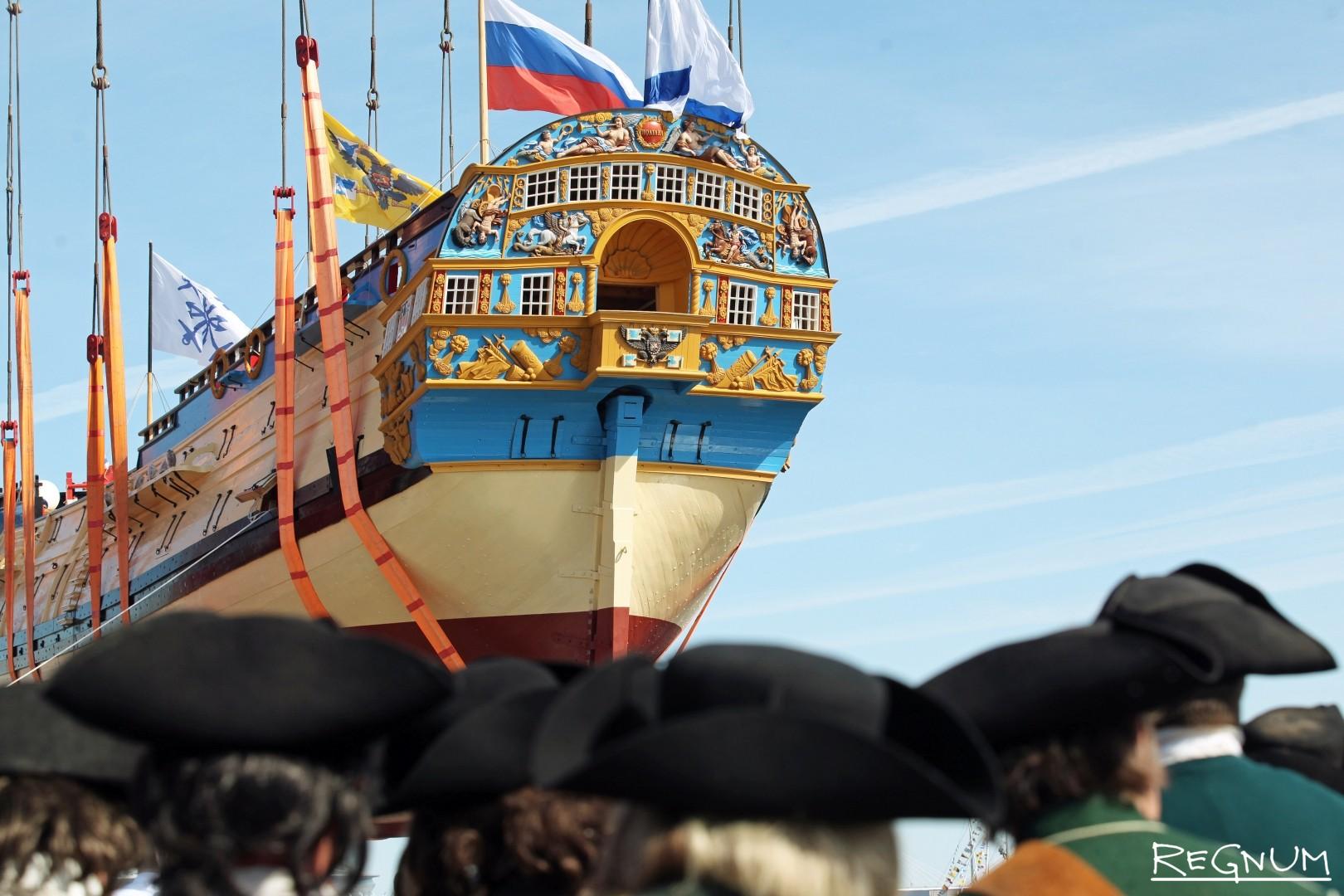 В Петербурге спустили на воду копию корабля «Полтава»
