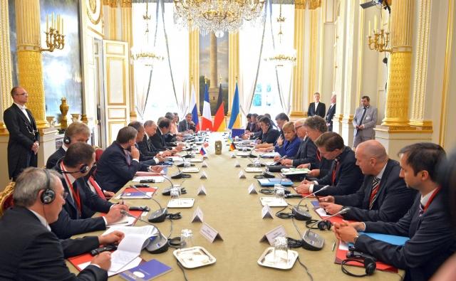 Порошенко заявил о начале подготовки встречи «нормандской четверки»