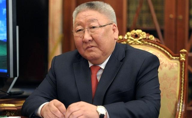 Глава Якутии ушел в отставку, оставив после себя огромные долги и проблемы