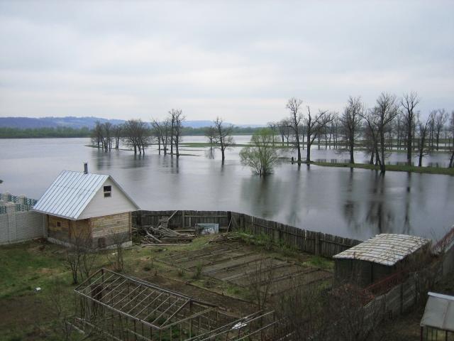 Правительство Якутии разберется с последствиями паводка до осени