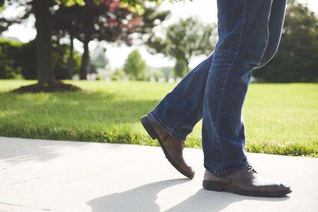 Ученые нашли связь между скоростью ходьбы и длиной жизни