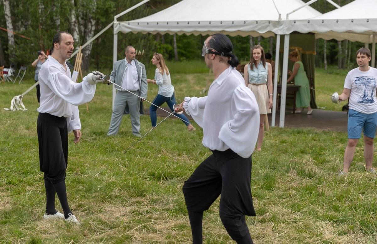 Мастер-классы по фехтованию на Пушкинском празднике поэзии